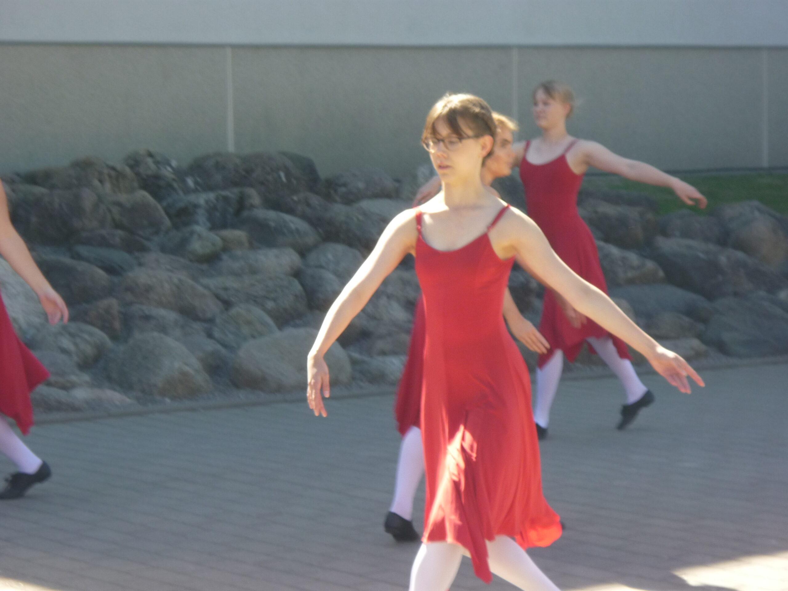 Nurmijärve tantsijad 1 (1)