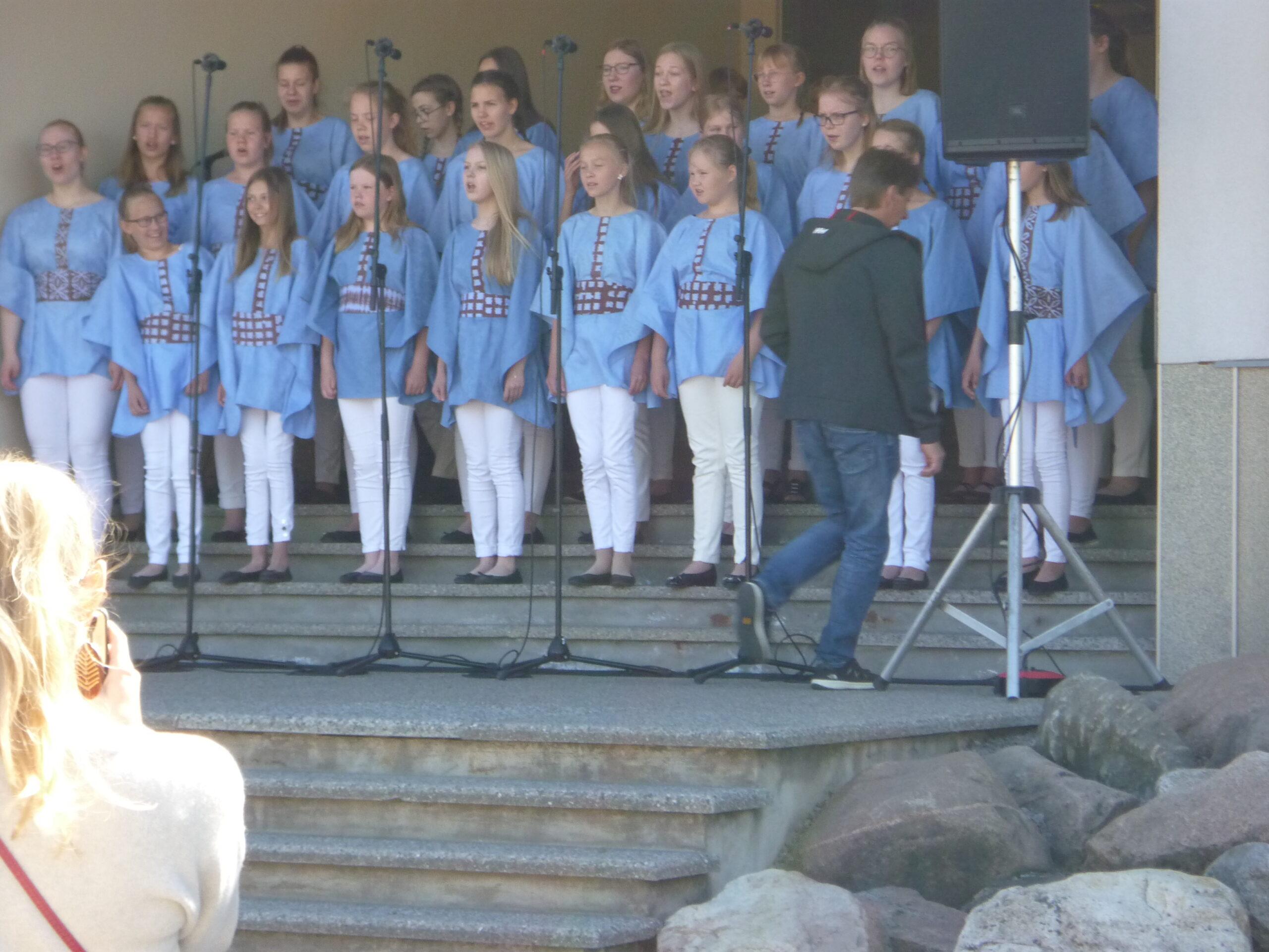 Nurmijärvi neidude koor Laululuiged 1 (3)