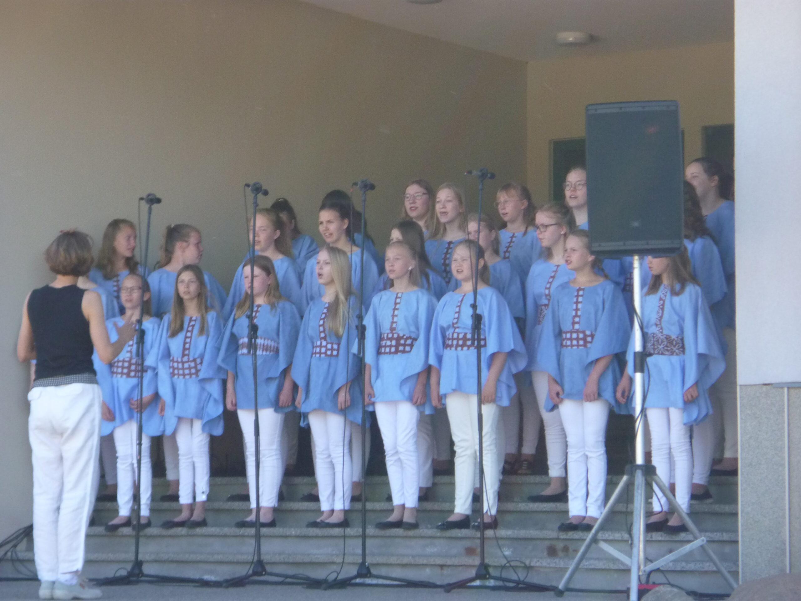 Nurmijärvi neidude koor Laululuiged 1 (4)